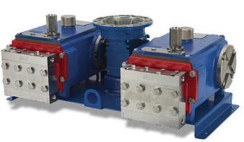 Pulseless metering pump with dual pump head